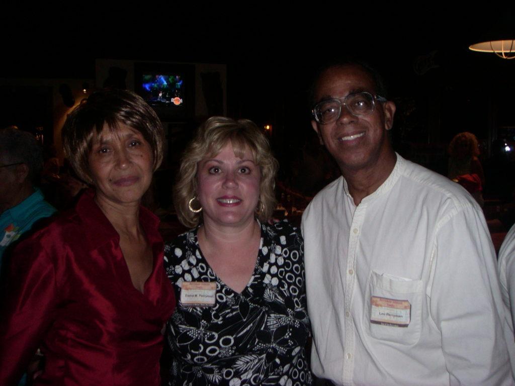 Joann , Elaine , Leo in 2004