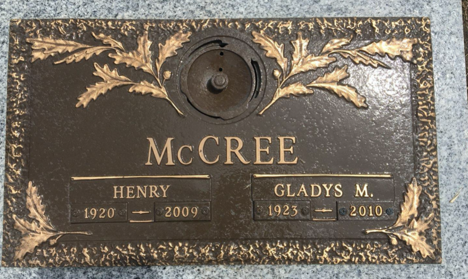 Henry and Gladys McCree gravestone