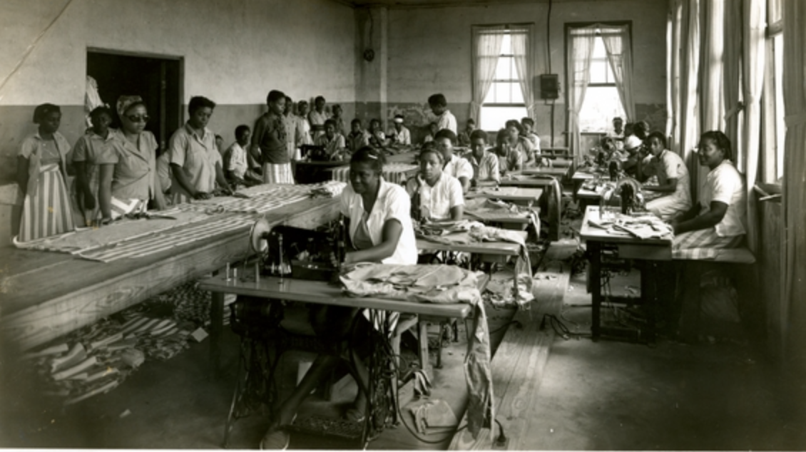 Parchman Penitentiary, Female prisoners sewing (Image: Mississippi Department of Archives and History - Mississippi State Penitentiary [Parchman] Photo Collections, PI/PEN/P37.4, File 98995)