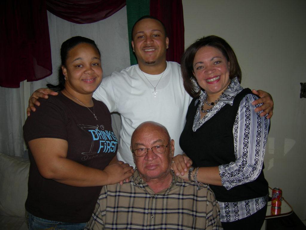 Willie Jaris with children Shawn -Walker Kermit and Teaya
