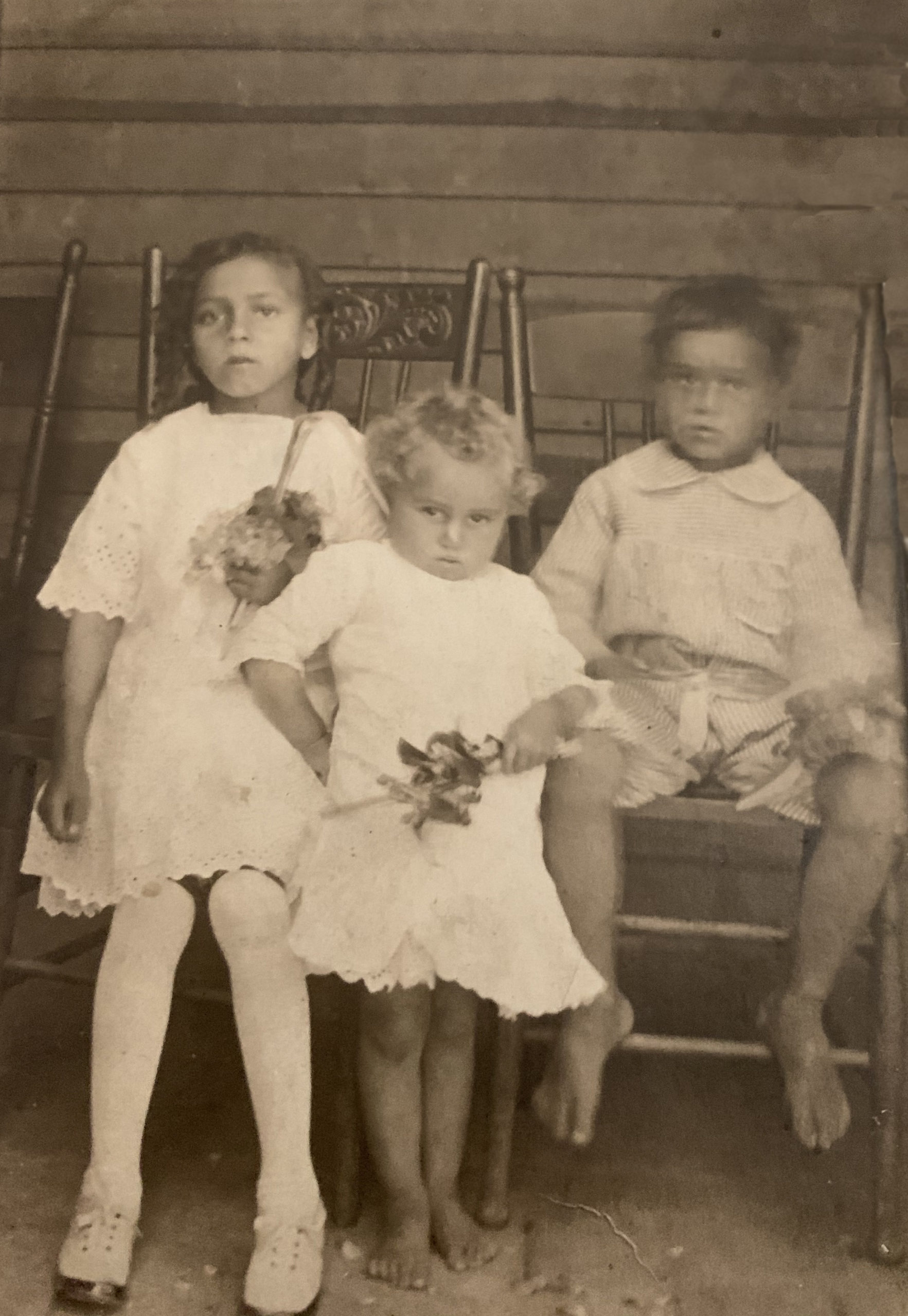 11.Confirmed by Lenore O. l-r: Olivia Johnson Murray, Adelaide Johnson Odom and Welch Johnson. Thank you !