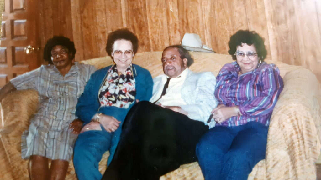 Siblings- Novelle Lampley, Kathryn Turner, Dave Johnson and Bertha Nicholson-Shared by Dixie A.