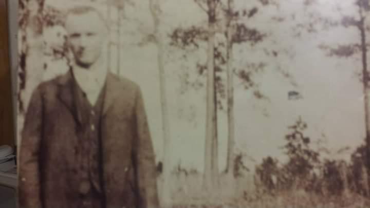 Robert Johnson 1882-1935 see cross and skeleton